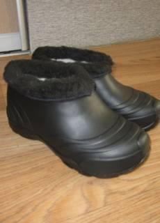 Резиновые сапоги   Купить или продать новую и б у одежду, товары и ... fd96b8e099b