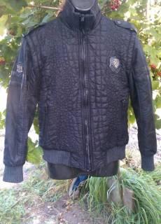 Демисезонные куртки, пальто   Купить или продать новую и б у одежду ... d6b2a210d0a