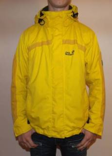 Куртка на осень-весну jack wolfskin размер m оригинал 50 Jack Wolfskin  700грн 15e4f0adba1